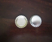 20 Silver metal bottle caps