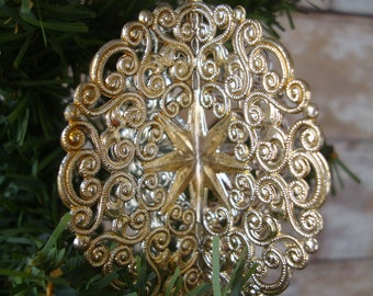 Vintage Christmas Gold Round Filigree Ornament 1950s