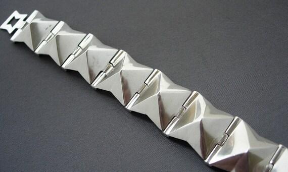 Silver pyramid bracelet