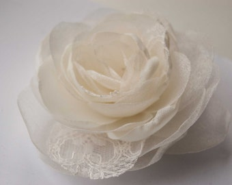 Ivory bridal flower hair clip - Rose hair flower - Bridal hair piece ivory or white - Flower hair piece