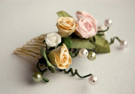 Bridal hair comb,  vintage inspired, rose, white, yellow, green, bohemian wedding hair accessories, vintage wedding - Old garden roses