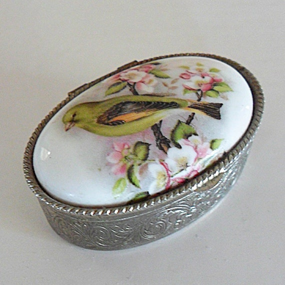 Vintage Bird Design Box Great Christmas Stocking Filler Gift