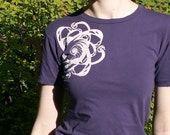 White Nautilus Graphic Tee in Amethyst - (size M)