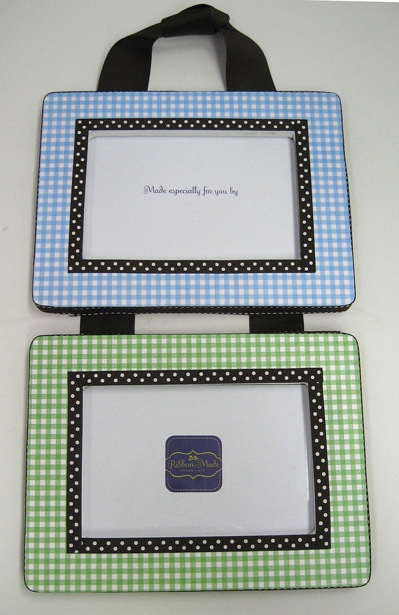Gingham Print Hanging Frame Set