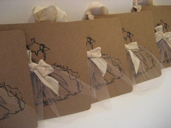 Set of 6 Dress Gift Tags