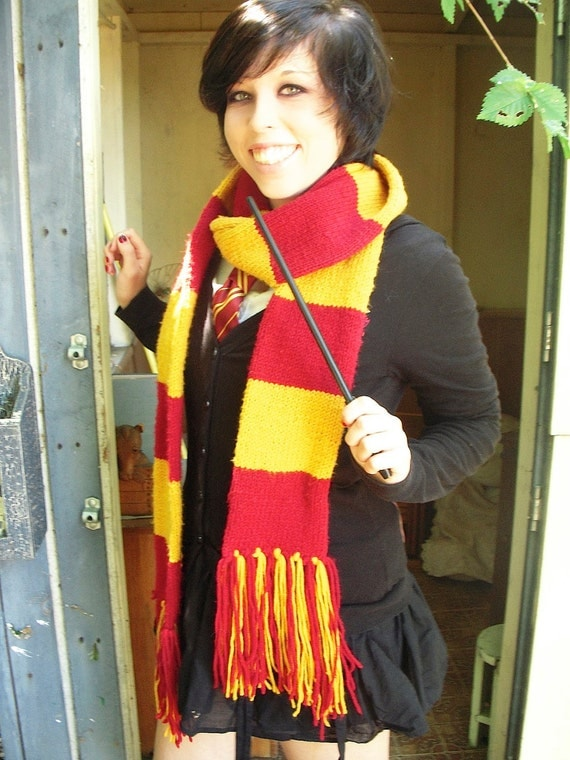 Gryffindor Youth Scarf (made-to-order)