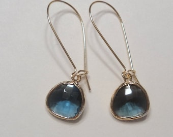 Sapphire blue glass and gold dangle earrings.  Kidney wires.  Everyday.  Bridal.  Simple and Gorgeous.  Bridesmaids.  Weddings.