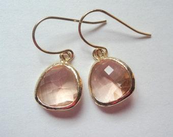 Peach earrings. Peach gold earrings. Champagne earring. Peach champagne earrings. Wedding jewelry. Bridesmaids earrings. Bridal earrings.