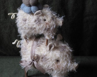 Mohair Mama Pig and Piglet Pincushion PRINTED PATTERN by cheswickcompany