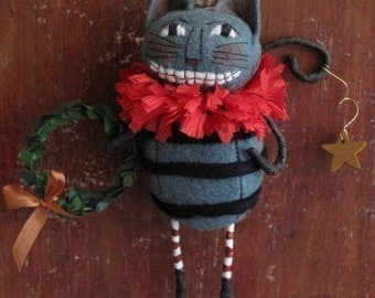 Cheshire Cat Ornament E PATTERN Alice in Wonderland by cheswickcompany