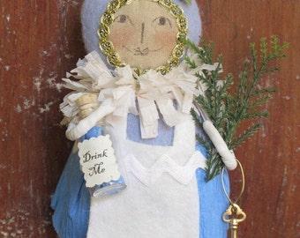 E-PATTERN Alice Ornament Alice in Wonderland Series by cheswickcompany