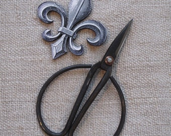 Fleur De Lis Thread Winder and Antique Reproduction Embroidery Scissors  cheswickcompany