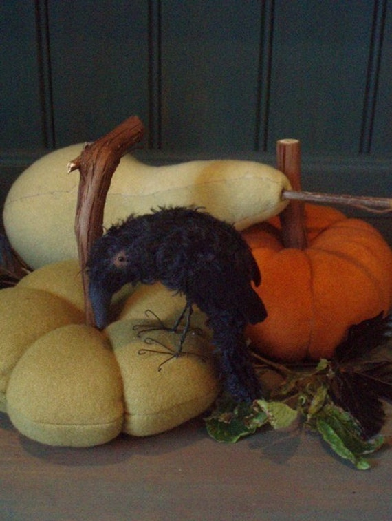 Primitive Harvest Edgar Crow and Gourds E-PATTERN by cheswickcompany