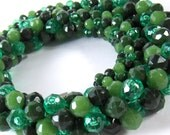 Vintage Beaded Rope Necklace Green Faceted Plastic Beads Western Germany  - epsteam vestiesteam thebestvintage