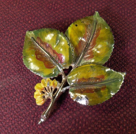 Vintage Poison Ivy Pin Brooch Signed Exquisite