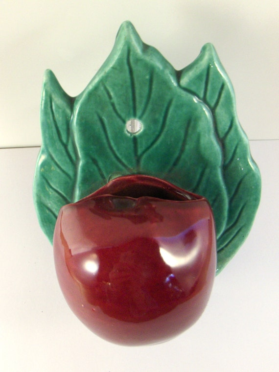 Vintage Wall Pocket Apple Red Kitchen Hanging Piece
