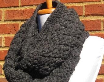 chunky cowl scarf, chunky scarf cowl, chunky infinity scarf, charcoal gray cowl, gray scarf , chnky neckwrap