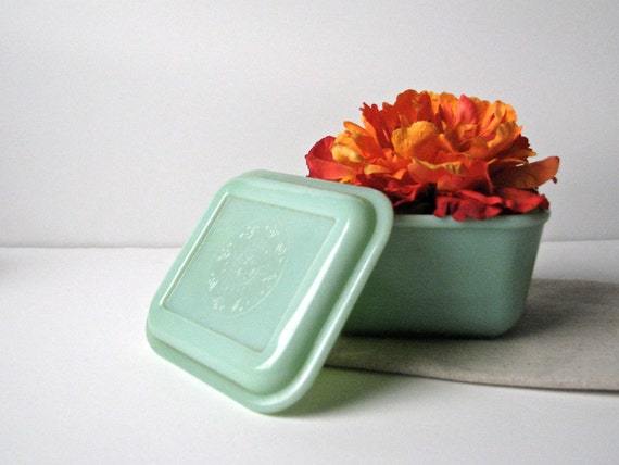 Fire King Jadite Jadeite Refrigerator Dish Philbe Pattern with Lid, Small Square Green Glass