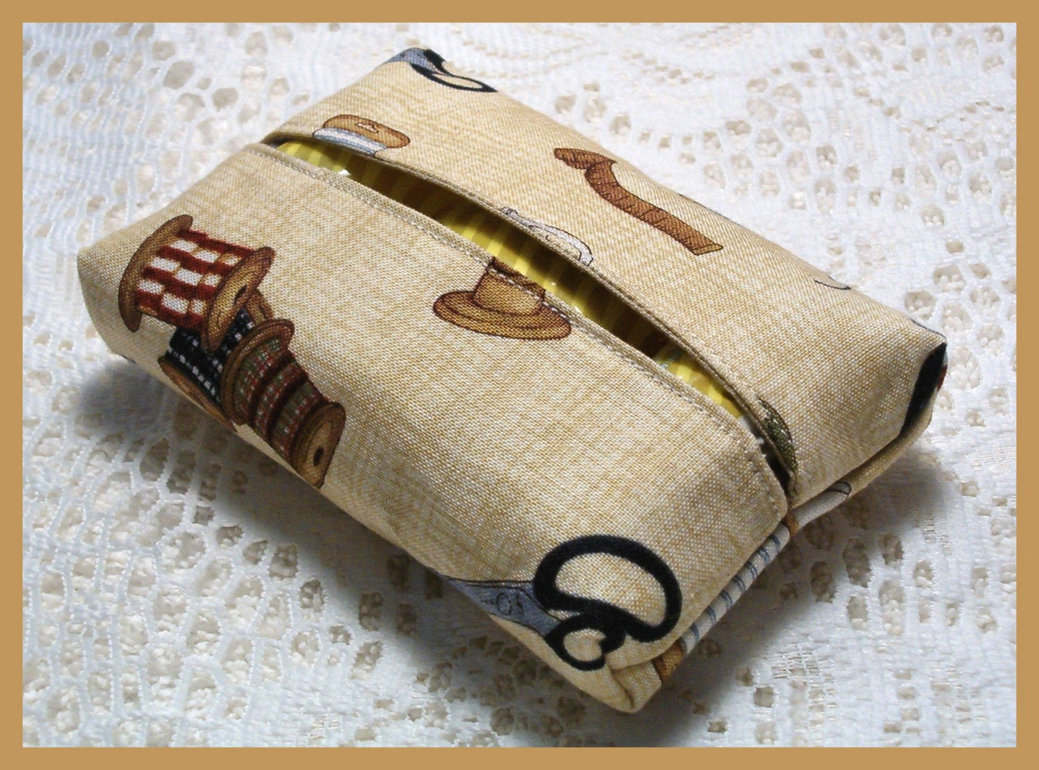 Handmade Sewing Basket : Purse size travel tissue holder handmade with sewing basket