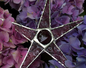 Sugar Plum- 6 inch art glass star purple patterned glass