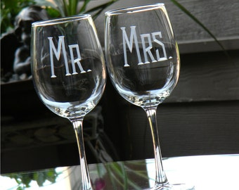 Mr & Mrs Hand Engraved Wedding Wine Glasses - Set of 2