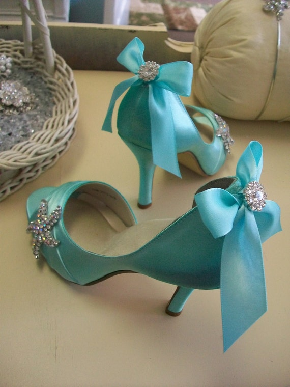 Items similar to Wedding Shoe Starfish Wedding Shoe Bridal