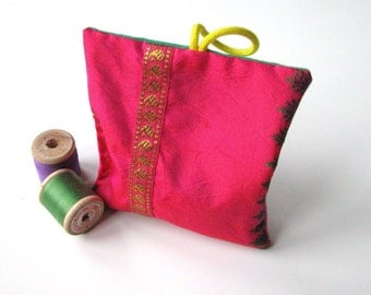 pink silk lavender sachet - hot pink silk and cotton lavender sachet - passage to India - saree lavender pillow - sachet dresser scent gift