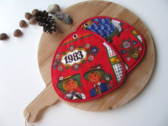 kitsch kitchen red calendar potholders - german pair of red vintage calendar 1983 potholders - birthday gift - gift for her - CLEARANCE