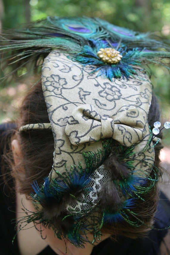 Genevieve// Elaborate Statement Fascinator One of a Kind Peacock Shaped Fascinator Headband Halloween Peek-A-Boo