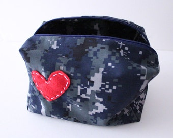 makeup / toiletry bag -- US Navy - NWU camouflage material