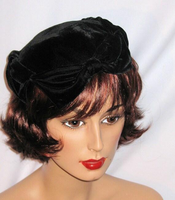 RESERVED FOR IMCKELL - Black Velvet Juliet Cap Style Hat Surrounded With Large Velvet Bows, Vintage 40's