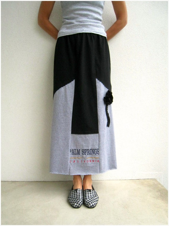 Long Recycled T Shirt Skirt / Straight / Black Heather Gray / Cotton / Soft / Tee Flower / Patchwork / Color Block / ohzie