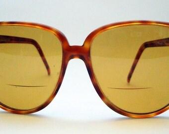 Vintage Blonde Tortoise Shell Liz Claiborne Vintage Sunglasses 1980's