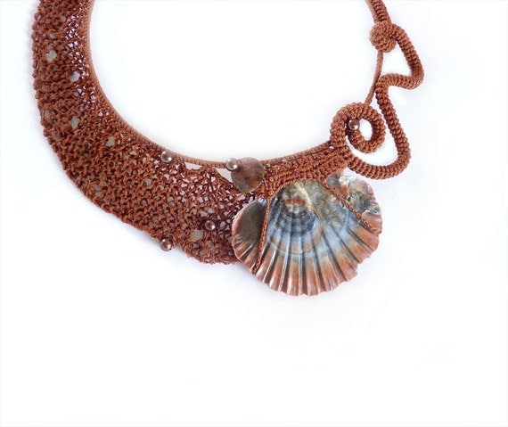 Unique Collar Necklace Copper Brown Scallop Seashell Statement Fashion