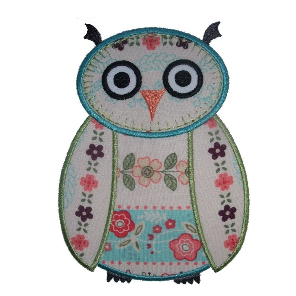 Wise owl machine applique embroidery design pattern in