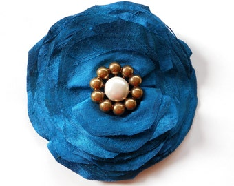 The MAE - vintage style headpiece for a special occasion or everyday wear