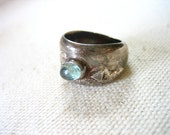 HANDCRAFTED Vintage Sterling Silver RING w Aqua Stone