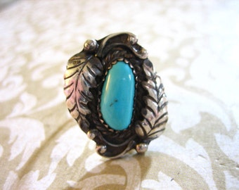 Vintage Sterling Silver Indian Turquoise Ring w Side Leaves