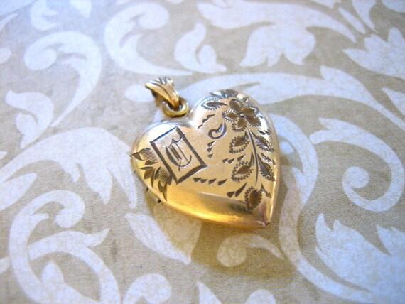 Antique 30's HEART LOCKET Pendant with Monogram C