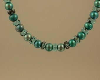 Teal Pearl and Rondelle Necklace