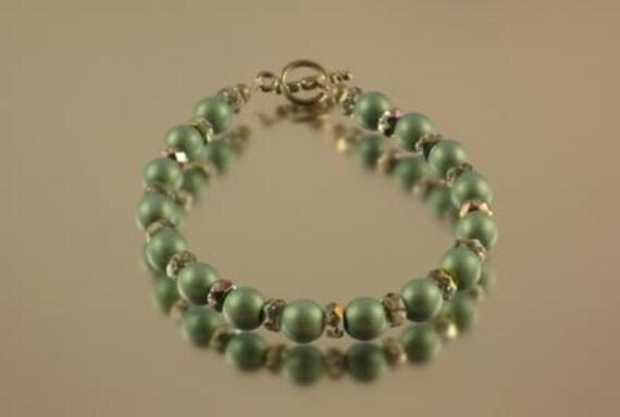 Green Satin Druk Bead and Vitrail Rondelle Bracelet