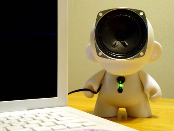 White Munny Doll Speaker