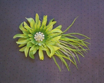 Bridal feather Facinator, Bridal Hair clip, wedding accessory, green, lime, ostrich - GREEN DAISY