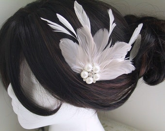 Bridal Feather Hair Clip, Bridal Fascinator, Fascinator, Head Piece, Feather Hair PIece, Wedding Hair Accessory, Ivory - IVORY WILLOW
