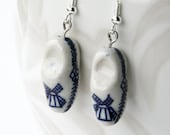 Dutch wooden shoes earrings