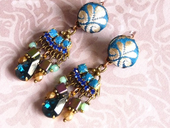 So blue India earrings
