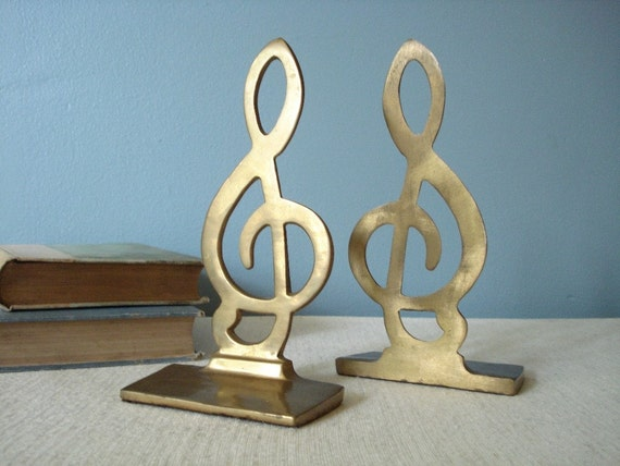 Vintage pair of treble g clef solid brass bookends - Treble clef bookends ...