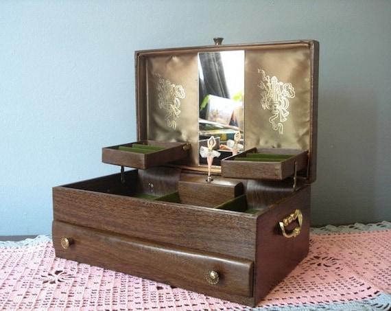 Vintage Lady Buxton Large Music Jewelry Box By