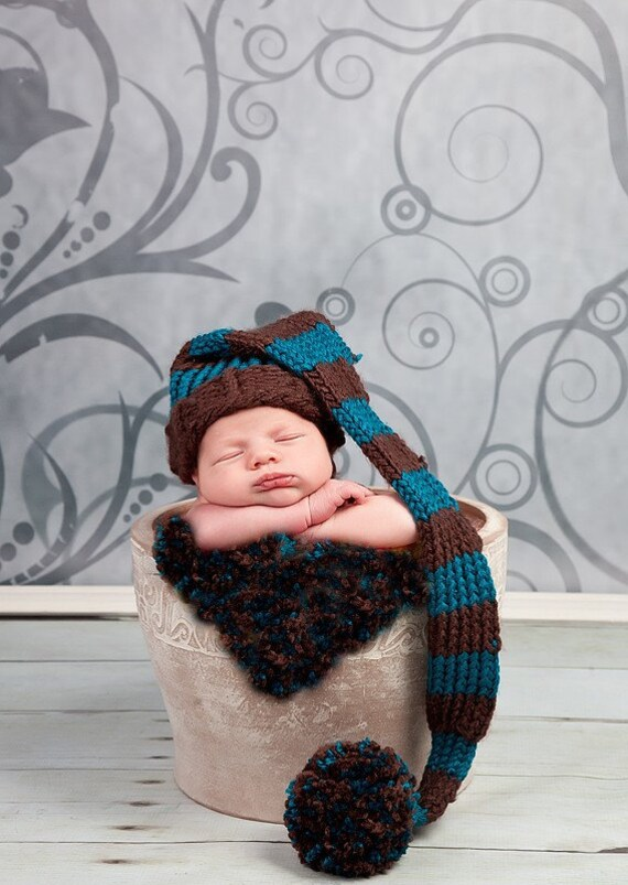 Baby Elf Knitting Pattern : Loom knitted baby hat pattern striped fat elf hat 0 to 3