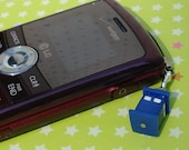 Blue Police Public Call Box (TARDIS) Cell Phone Charm